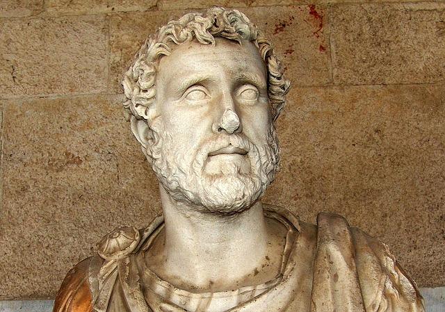 ギリシャ像の写真:賢者のイメージ