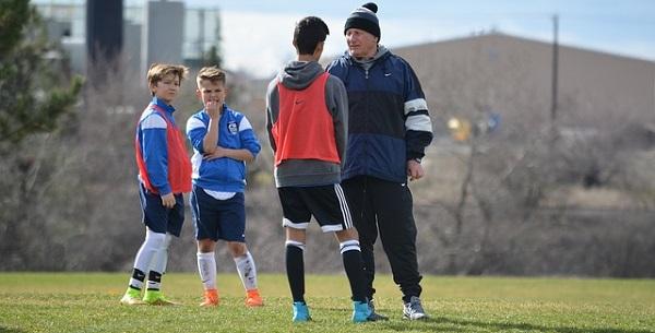 画像:サッカーのコーチングを仕事・ビジネスに活かす