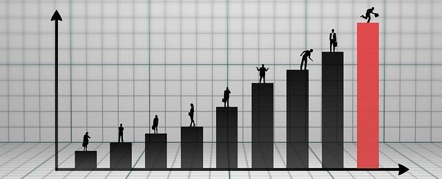 ビジネスパーソンの成長の9段階をイメージした画像:poxabayより引用